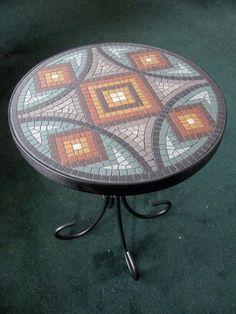 Table top More Mosaic Wall Art, Mosaic Diy, Mosaic Crafts, Mosaic Projects, Mosaic Glass, Mosaic Tiles, Mosaic Designs, Mosaic Patterns, Mosaic Furniture