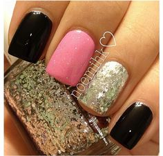 Silver glitter accent nail. <3 these colors together!! :-)