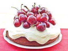 Tarta de cereza y chocolate blanco