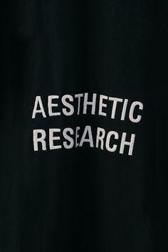 N E W - A R R I V A L  Aesthetic Research Sweat Black