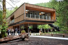Construction Canada - West Coast mass timber projects celebrate wood