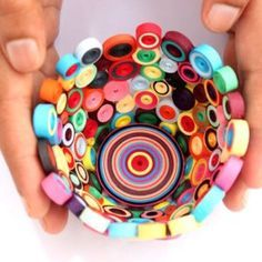 Paper quilling 101 - here are some basic paper quilling projects to get you started!