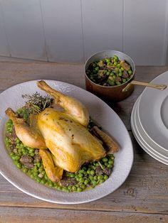 Découvrez en exclusivité la recette de poulet rôti aux herbes, petits pois et morilles du candidat le plus titré de Top Chef !