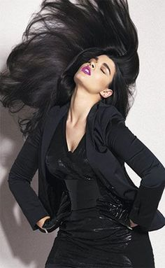 Plus size supermodels - crystal-renn. If this is plus-sized then I'm a monkey's uncle. This girl is gorgeous!