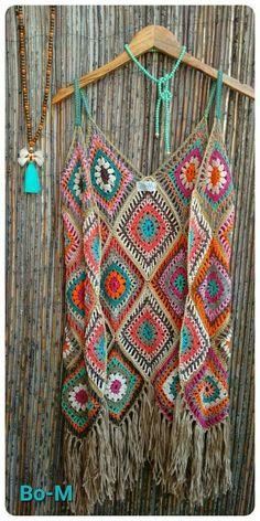 Acessórios feitas à mão. Artesanato. Crochet.