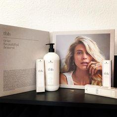 "Sarah Zündorf on Instagram: ""#schwarzkopfpro #betbh #natürlicheColoration  true. beautiful. honest."" Shampoo, Personal Care, Beautiful, Beauty, Instagram, Barber Shop Names, Products, Self Care, Personal Hygiene"