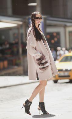Pink cashmere coat with fur pockets by ADAMOFUR #fur #cashmere #pink
