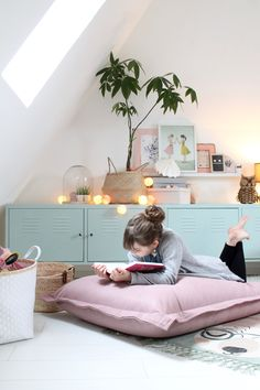 Outstanding home decor ideas information are offered on our site. Bedroom Storage, Bedroom Decor, Deco Kids, Little Girl Rooms, Nursery Room, Baby Room, Girl Nursery, Kid Spaces, New Room
