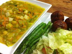 Erwtensoep met vegetarische balletjes | Pea soup with vegetarian balls | Erwtensoep | Pea soup | Vegetarische balletjes | Vegetarian balls | Soep | Soup | Eten | Food | Gezond | Healthy | Dreambody transformation | De Levensstijl | Asja Tsachigova