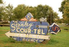Henry's Rabbit Ranch in Staunton Illinois  http://route66jp.info Route 66 blog ; http://2441.blog54.fc2.com https://www.facebook.com/groups/529713950495809/