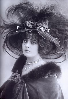 French actress Geneviève Lantelme (1887-1911)