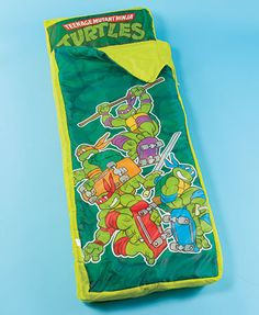 Give your kid the gift of adventure, fun, and novelty with the TMNT Inflatable Sleeping Bag. Your little ninja will be excited to get to sleep or spend the night at a friend's house with this childrens sleeping bag.