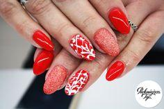 Czerwień na paznokciach z efektem syrenki :) #nails #nailart #paznokcie #manicure #piekniejszaty