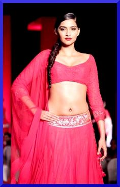 Sonam Kapoor Sonam Kapoor, Film Industry, Bollywood, Backless, Tulle, Glamour, Female Celebrities, Lady, Skirts