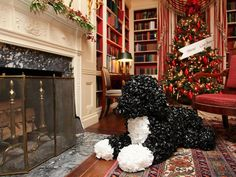 Take a trip back through White House Christmases past with this multi-year collection of pictures highlighting Christmas decor at 1600 Pennsylvania Ave. Christmas 2014, Christmas Snowman, White Christmas, Christmas Border, Christmas Ideas, Christmas Cards, Merry Christmas, Sarah Richardson Home, Holiday Invitations