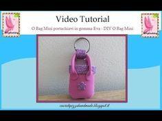 Nuovo video tutorial per realizzare una O Bag mini portachiavi in gomma Eva. Visita il blog: http://cuoridipezzahandmade.blogspot.it/