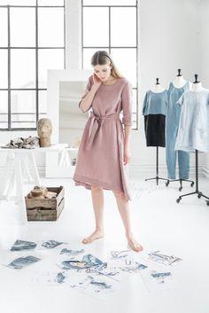 SALE Linen dress with belt VENEZIA. Various colors.   Etsy Linen Apron, Athleisure Outfits, Feminine Dress, Handmade Dresses, Linen Dresses, Summer Dresses For Women, Clothing Patterns, Shirts, Clothes For Women