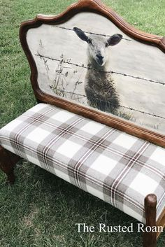 Vintage Farmhouse Decor Use decorative headboard for seat back of bench/baguette seating at dining Refurbished Furniture, Repurposed Furniture, Furniture Makeover, Rustic Painted Furniture, Painted Benches, Western Furniture, Headboard Benches, Headboard Decor, Bench Decor