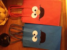 DIY Elmo and Cookie Monster goodie bags for Samuel's first birthday party