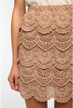 crocheted skirt. Covered elastic waist band, Clever