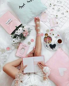 Home - Bella Moda Studio Pink Love, Pretty In Pink, Girl Boss Quotes, Girly Pictures, Love Wallpaper, Everything Pink, Blogger Tips, Pink Aesthetic, Girly Girl