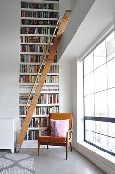 Eclectic & Industrial Vancouver Loft Yes, we would like a towering home library just like this one.Yes, we would like a towering home library just like this one. Home Library Design, Loft Design, Design Case, House Design, Dream Library, Modern Library, Design Design, Vintage Library, Design Ideas