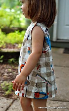 I Sew, You Sew: Retro Reproduction Dress FREE Pattern and Tutorial