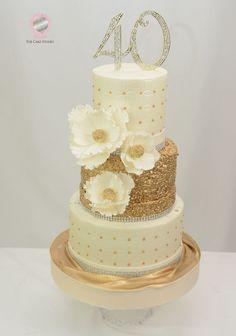 Birthday Cake - Cake by Sugarpixy 60th Birthday Cake For Ladies, 40th Birthday Party Themes, 40th Birthday Decorations, Special Birthday Cakes, Gold Birthday Cake, 40 Birthday, Gold And White Cake, 40th Cake, Chocolates