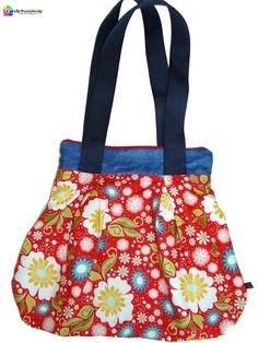 Hallo, ich bin der Shopper +Betty+! Mich gibt es im Shop von Lovely Patchworks in ganz verschiedenen Stoffdesigns, mit Druckknopf oder Reißverschlu...
