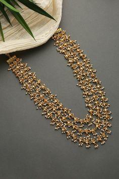 Pearl Necklace Designs, Jewelry Design Earrings, Gold Earrings Designs, Gold Jewellery Design, Onyx Necklace, Gold Pearl Necklace, Fashion Jewellery, Necklace Sizes, Diamond Jewelry