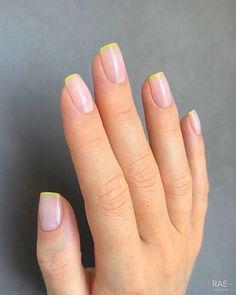 Natural Nail Designs, Classy Nail Designs, Cute Nail Art Designs, Nail Salon Design, London Nails, Gelish Nails, Minimalist Nails, Funky Nails, Luxury Nails
