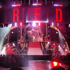 My eyes are wellingup looking at that. Welling up with proudness of Taylor, happiness that i went to the RED tour (OMG!!) and gratitude that Taylor was brought to us! God Bless her and Swifties!