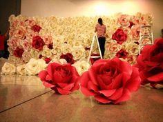 Flores gigantes de papel                                                                                                                                                      Mais                                                                                                                                                      Mais