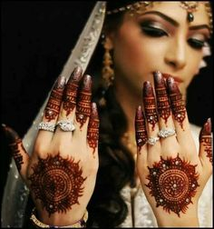 Bridal Circle Mehndi Designs for Party 2016
