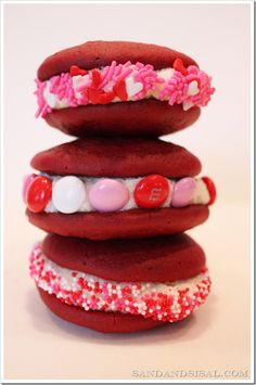 Red Velvet Whoopie Pies - Using cake mix & the ORIGINAL red velvet frosting recipe (over 100 yrs old!)