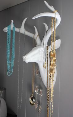 Inspired by pins on Pinterest, @Page @ Good Clean Fun creates a unique jewelry holder with our small deer head.