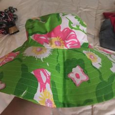 Lilly Pulitzer sunhat Floppy LP sunhat, perfect for beach. New. Lilly Pulitzer Accessories Hats