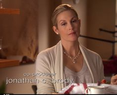 Lily (Kelly Rutherford) Gossip Girl ready for #tea.