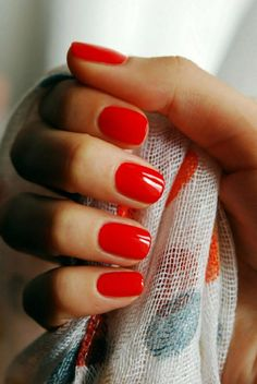 Gel nails, short red nails, my signature look.- Gel nails, short red nails, my signature look. Cute Red Nails, Short Red Nails, Red Gel Nails, Red Acrylic Nails, Red Nail Art, Manicure Y Pedicure, Manicure Ideas, Acrylic Gel, Red Art