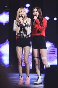 Your source of news on YG's biggest girl group, BLACKPINK! Please do not edit or remove the logo of. Yg Entertainment, K Pop, Blackpink Debut, Blackpink Photos, Shows, Blackpink Lisa, Korean Beauty, Kim Jennie, South Korean Girls