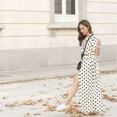 Buenas noches!! Enamorada de este vestido de lunares, es espectacular!! //Don't miss the last post on the blog!! #ootd #outfit #outfitoftheday #givenchy #converse #uterqüe #dots #summer #whatiwore