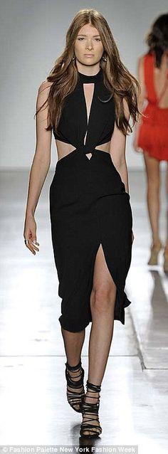 Thigh high: An elegant twist-knot gave this plunging neckline a modern feel...