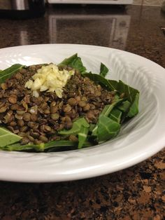 ✨ Garlic Green Sea ✨  3/4 cup cooked organic French Green lentils 1 large organic collard green leaf 1 clove garlic, diced 1/4 tsp sun dried sea salt 1 tsp kelp powder 1/2 tsp fresh ground organic black pepper  Slice the collard greens into strips and place in a bowl. Pile the lentils on top, then all of the spices. Mix everything together and enjoy!   Veganbusybee.tumblr.com