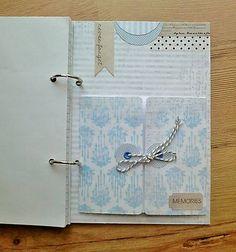 zápisník v modrom