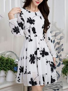 Stylish Dresses For Girls, Dress Clothes For Women, White Dresses For Women, Simple Dresses, Cute Dresses, Beautiful Dresses, Casual Dresses, Short Dresses, Fashion Dresses