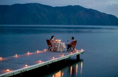 Best websites for booking a UK restaurant - - It is that time again when thoughts turn to romance. And if you are thinking of taking your other half out for a Valentines dinner, Fred Mawer has a few helpful hints. Romantic Places, Romantic Dinners, Beautiful Places, Romantic Ideas, Wedding Ideias, Dream Dates, Cute Date Ideas, Lake Dock, Romantic Evening