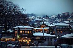 5 Χειμερινοί προορισμοί στην Ελλάδα ιδανικοί για ζευγάρια! | ediva.gr Our Town, Greece Travel, Planet Earth, Perfect Place, Places Ive Been, Beautiful Places, Around The Worlds, Mansions, Architecture