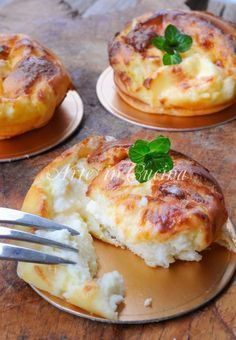 Cheese pudding recipe easy and fast-Sformatini al formaggio ricetta facile e veloce Quick and easy vickyart cheese flan with art recipe in the kitchen - Best Appetizer Recipes, Hot Appetizers, Brunch, Fingers Food, Good Food, Yummy Food, Quick Easy Meals, Food Inspiration, Italian Recipes