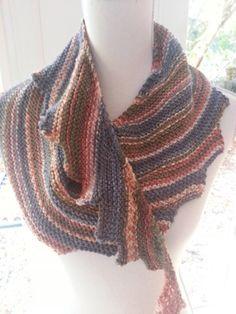 Chåle avec tuto du blog laines et luxe                              …