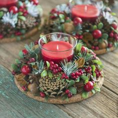 Simple And Popular Christmas Decorations; Christmas Decor DIY The post Simple And Popular Christmas Decorations appeared first on Dekoration. Christmas Candle Decorations, Christmas Candles, Rustic Christmas, Christmas Themes, Christmas Wreaths, Table Decorations, Christmas Flowers, Holiday Ideas, Winter Centerpieces